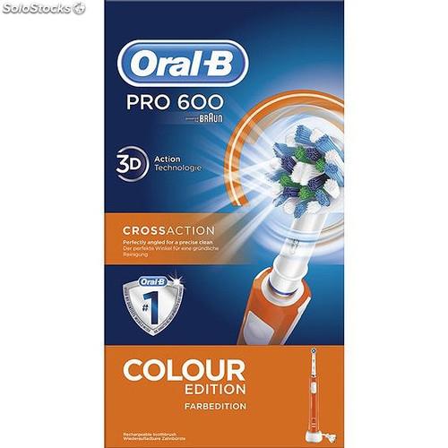 Szczoteczka Oral-B PRO600 1 szt